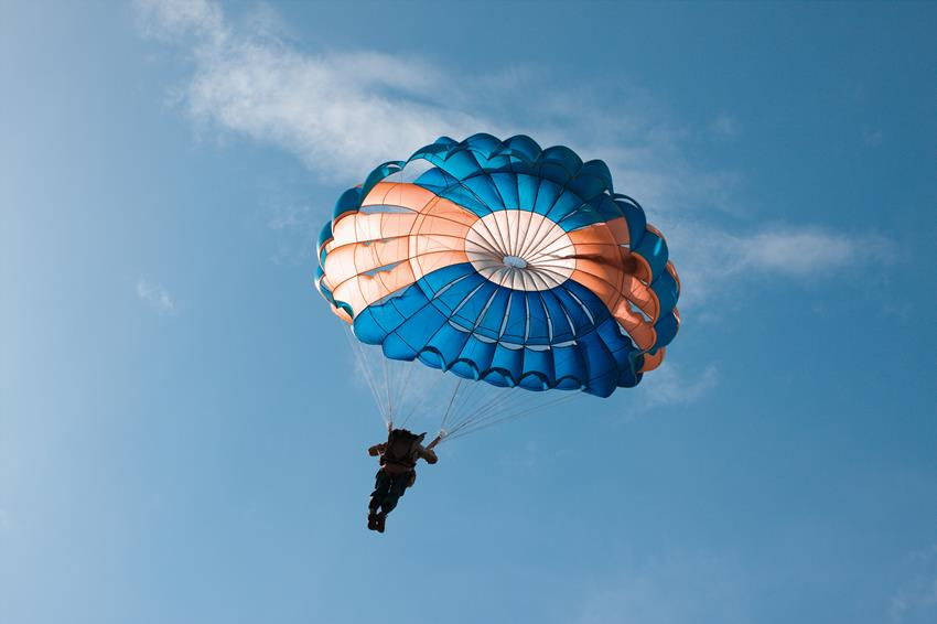 Skoki spadochronowe we Wrocławiu