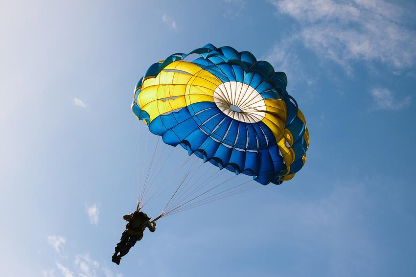 Kurs na skoczka spadochronowego-egzamin spadochronowy AFF